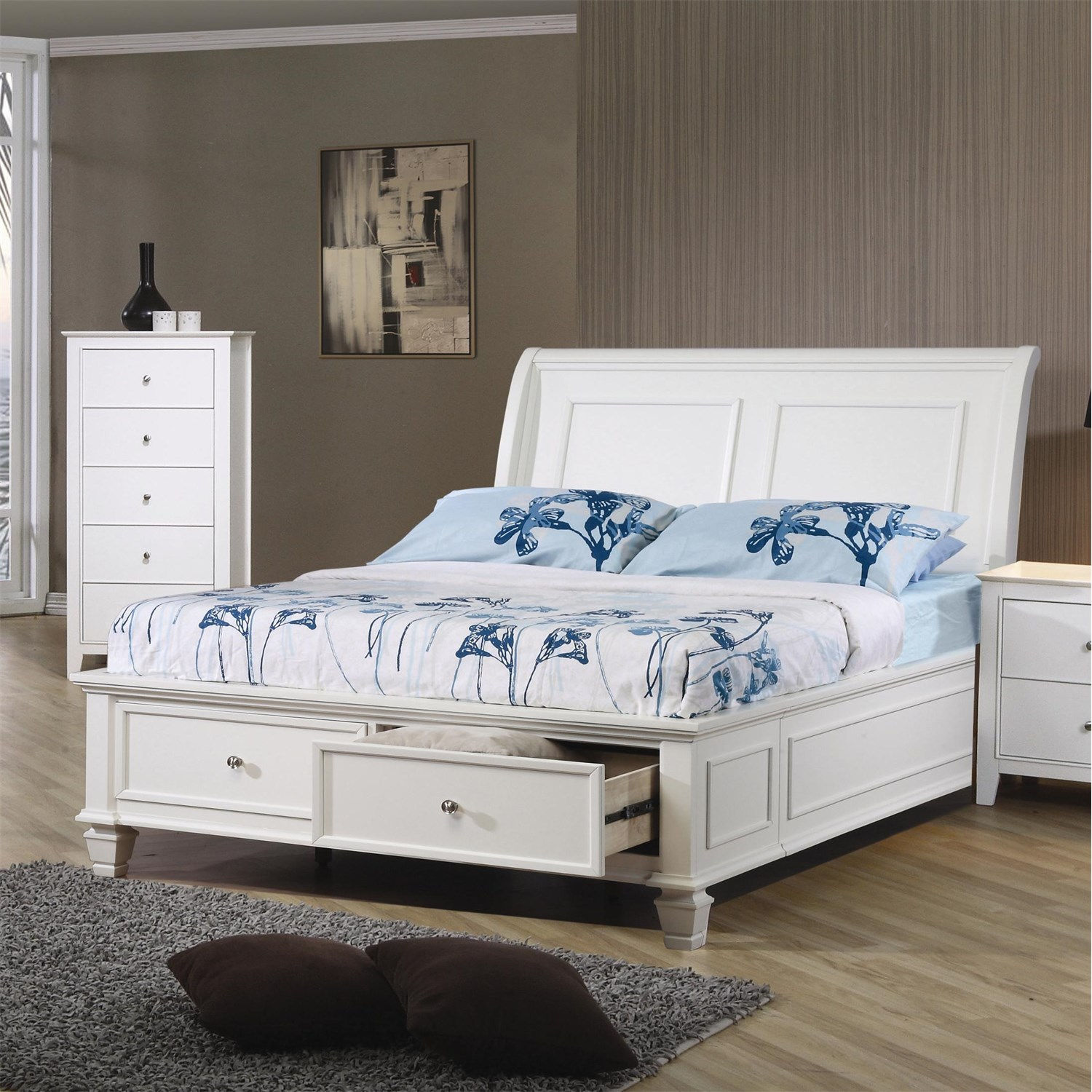Sandy Beach Whtie California King Sleigh Bed With Footboard Storage